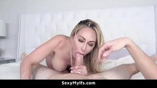 Surprise Creampie for My Hot Mom