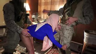 TOUR OF BOOTY - American Soldiers Enjoying The Company Of Sexy Arab Woman